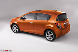 chevy sonic chevy sonic aveo hatchback sedan unveiled team bhp