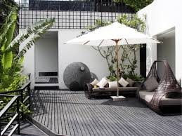 Patio Small Balcony Furniture Kropyok Home Interior Exterior Designs by Images About Courtyard Ideas Inredning And Modern Deck Court Yard