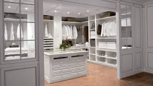 Small Master Bedroom With Ensuite Master Bedroom Ensuite Walk Closet Design Bedroom Design Ideas
