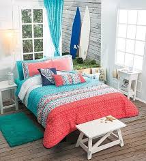 Queen Bedding Sets For Girls by 25 Best Coral Bedspread Ideas On Pinterest Coral Dorm College