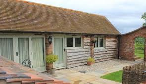 Pets Barn Hartpury The Cow Shed The Cow Shed Bridgnorth 866518