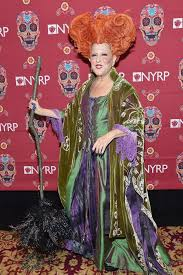 Winifred Sanderson Halloween Costume Bette Midler Hocus Pocus Halloween Costume 2016 Popsugar