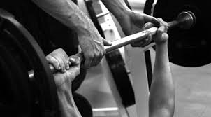 Close Grip Bench Bodybuilding Chest Exercises Choose Your Benching Grip Carefully Muscle