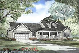 cape cod design house cape cod home plan 3 bedrms 2 5 baths 1813 sq ft 153 1483