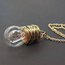 wire necklace so cool gooing to try this if i can find a