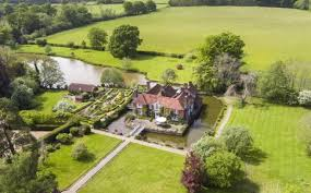 House With A Moat 7 Bedroom Detached House For Sale In Chailey Green Nr Lewes