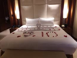 Rose Petals Room Decoration The Rose Petal Decorated Bed Picture Of Jw Marriott Marquis