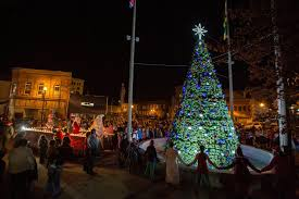market commons tree lighting ceremony november 2017 downtown johnson city