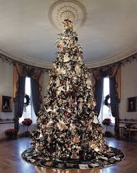 an image of the white house christmas tree for which john tuska