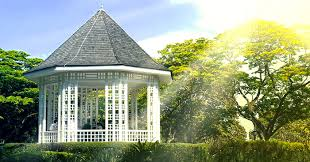 Gardens With Summer Houses - garden gazebos and summer houses pictures