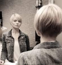 cheek bone length haircut pressly shows off stunning new bob haircut