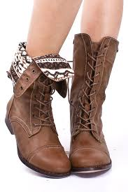 ugg womens cargo boots these foldover combat boots i ve been looking for a great