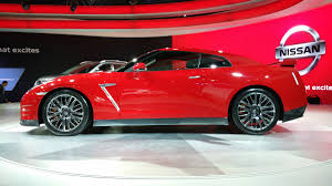 nissan gtr price in india nissan gt r showcased at the 2016 auto expo will be launched in