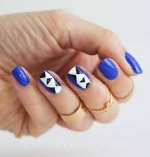 beauty buffs royal blue geometric nail art nail that accent
