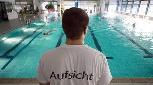 Staatsanwaltschaft Baden Baden Schwimmlehrer Aus Baden Baden Soll Fünfjährige Missbraucht Und
