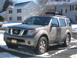 nissan 2008 pathfinder view of nissan pathfinder se offroad photos video features and