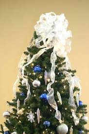 christmas tree with white lights and red bows blue christmas tree topper lit infinity functions star tree topper