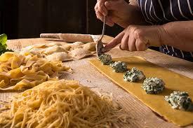 cours cuisine italienne apprendre à cuisiner en voyage
