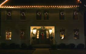 How To Hang Christmas Lights On House by Christmas Light Holly Mathis Interiors