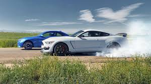 nissan gtr vs mustang shelby mustang vs bmw m2 it u0027s muscle car war top gear