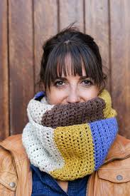 piece of cake cowl u201d with caron cakes yarn u2013 free crochet pattern