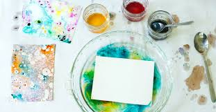 marbling with oil and food coloring easy and beautiful for all ages
