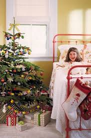 35 Christmas Tree Decoration Ideas by 35 Beautiful Christmas Bedroom Decorations Ideas U2013 Decoredo