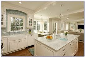 Rta Kitchen Cabinets Milwaukee KitchenSet  Home Design Ideas - Kitchen cabinets milwaukee
