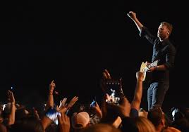 dierks bentley truck arrests hospital trips at dierks bentley concert