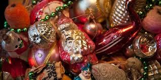 ornaments fashioned decorations