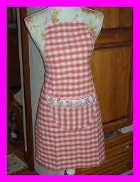 couture tablier de cuisine tablier un peu plus cuisinier qu habillé fils et aiguilles