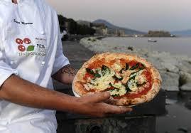 si e unesco la pizza patrimonio unesco a napoli si spera e già si prepara la