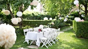 Wohnzimmer Lounge Bar Coburg Hochzeiten Palais Coburg Handgemachte Pom Poms Pinterest