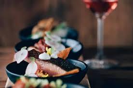 d馗o vintage cuisine communal table dinner series okanagan magazine