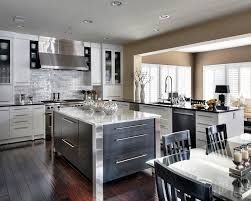 High Quality Kitchen Cabinets Design Luxury Classic Wood Kitchen With Island And Chairs