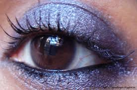 the body shop eye color 42 midnight blue love thy red love