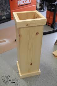 Homemade Planter Boxes by Diy 25 Christmas Tree Plant Stand Christmas Trees Planters And