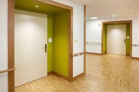 porte interieur en bois massif portes pour handicapés frank türen ag