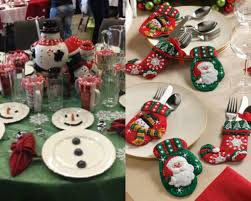 Easy Simple Christmas Table Decorations