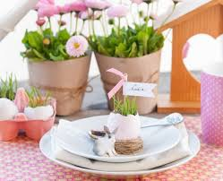 10 Easter table decorations crafts and DIY Easter treat bags