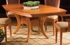 maple dining room table new england maple dining table with deluxe pedestal