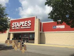 week in review staples won t open doors on thanksgiving day