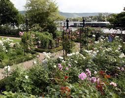 garden obelisk i www classic garden elements co uk garden