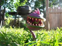the plants vs zombies garden warfare figures are coming