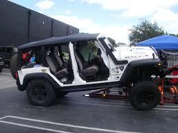 how to take doors a jeep wrangler doors ta da jeep renegade forum