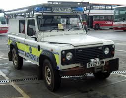 navy land rover file rn bomb disposal rv52fom jpg wikimedia commons