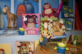 image toy story 3 toy fair 1 thumb 550x365 33971 jpg toy story