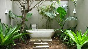 Simple Outdoor Showers - cheap outdoor shower design blogdelibros
