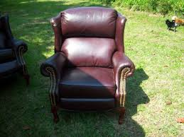 wing back leather recliners 2 350 used 350 desoto mo
