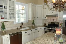 How To Antique White Kitchen Cabinets by Best 25 Repainted Kitchen Cabinets Ideas On Pinterest Painting